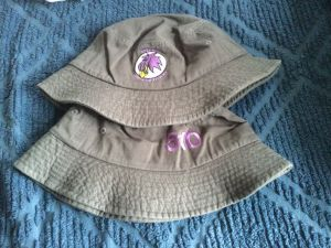 bucket hat front back